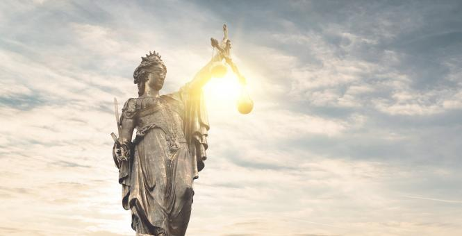 Free Stock Photo of Justice Symbol - Statue of Justice - Sunlight