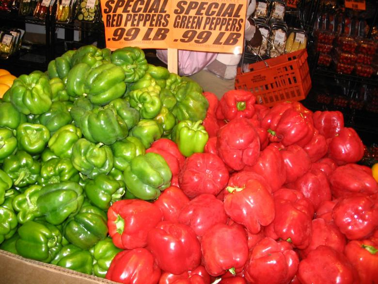Free Stock Photo of Red nad Green Market Created by dawn c. thomas