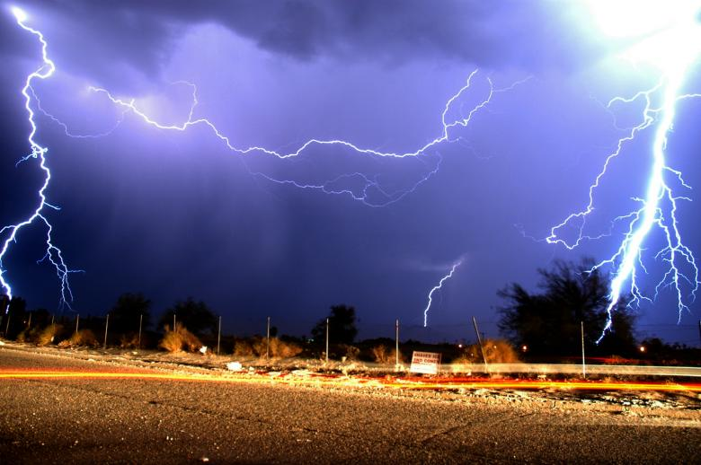 Free Stock Photo of Lightning Created by jon liu