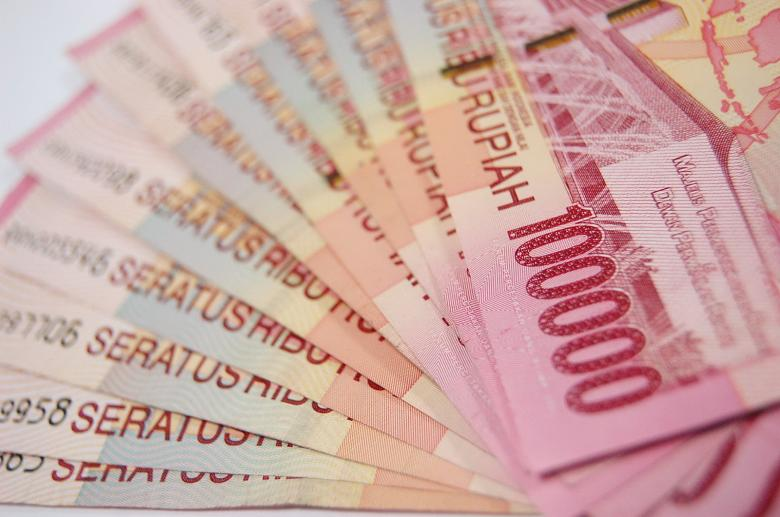 Free Stock Photo of 100 thousand rupiah Created by Budi Purwito