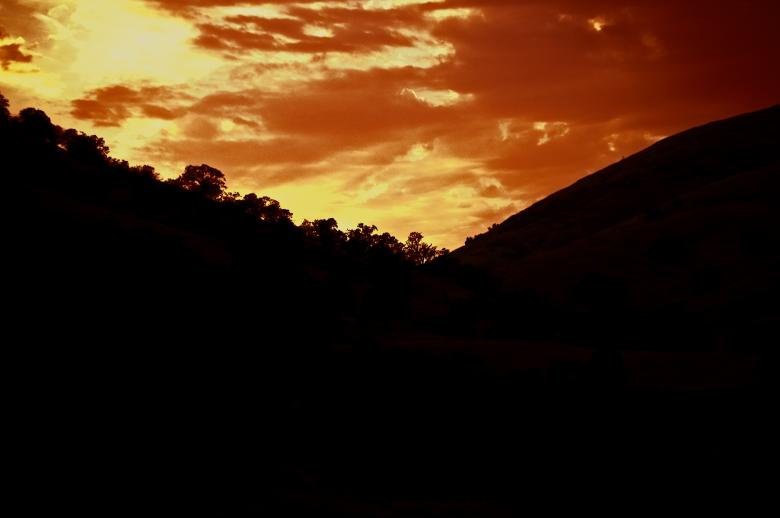Free Stock Photo of Dusk in the Foothills Created by j. l. johnson