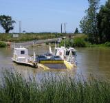 Free Photo - Ferry Across the River