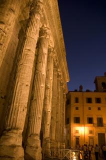 Hadrian's Temple, Rome Free Photo