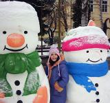 Free Photo - Snowmen and a girl