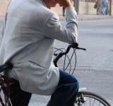 Free Photo - Pondering cyclist, italy