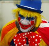 Free Photo - Birthday Clown
