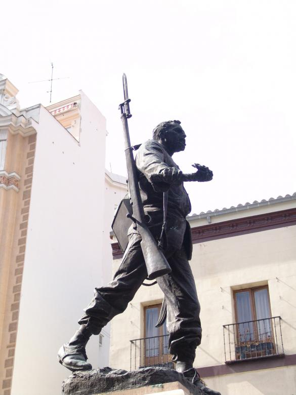 Free Stock Photo of Statue of a soldier Created by javier baranda