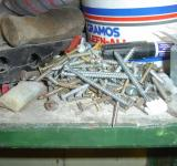 Free Photo - A pile of screws