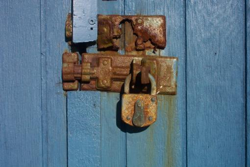 Rusted lock - Free Stock Photo