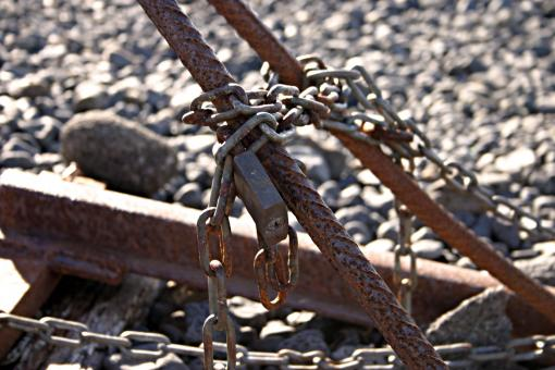 Rusted chains - Free Stock Photo