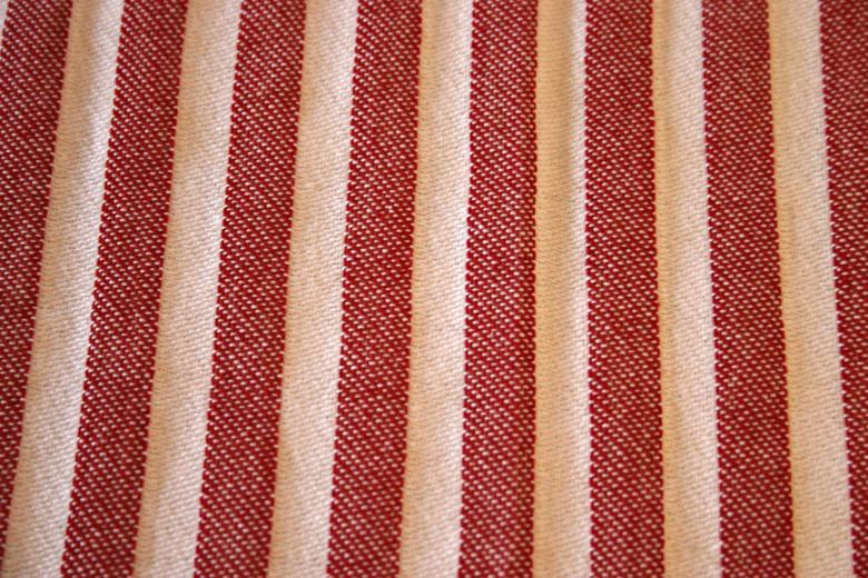 Free Stock Photo of Red and white cloth Created by Bjorgvin