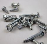 Free Photo - A pile of drill screws