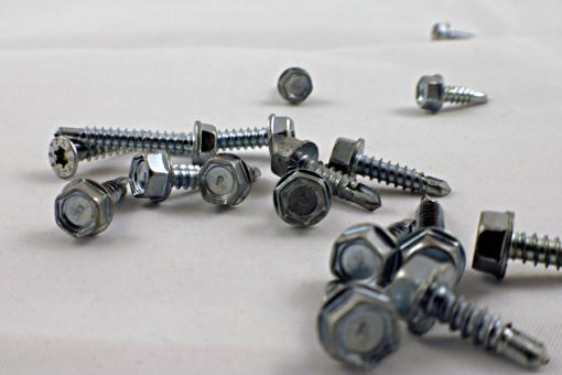 A pile of drill screws - Free Stock Photo