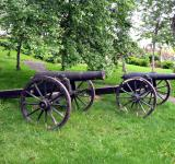 Free Photo - A small cast-iron cannon on a carriage