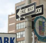 Free Photo - One way sign