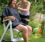 Free Photo - Outdoor Haircut