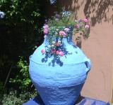 Free Photo - Flowers in blue pot