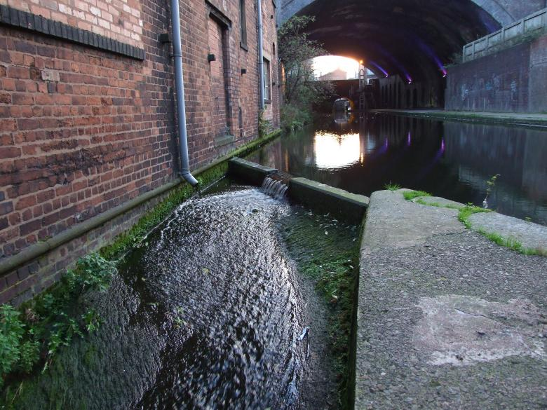 Free Stock Photo of Birmingham canals Created by Joe Shannon