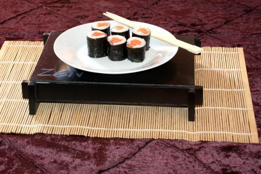 Plate of sushi - Free Stock Photo
