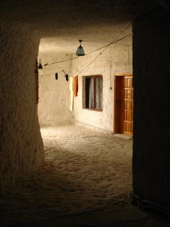 Download Cave hotel, Cappadocia, Turkey Free Photo