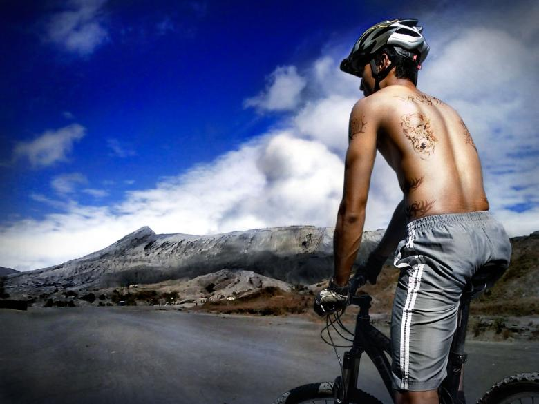 Mountain biker Free Photo