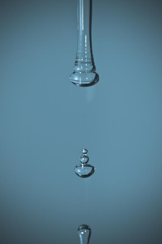Free Stock Photo of A drop of water Created by Bjorgvin