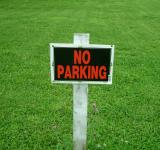 Free Photo - No parking sign on grass