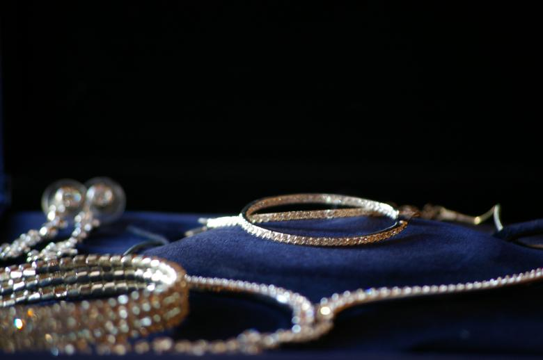 Free Stock Photo of Gold jewelry Created by frhuynh