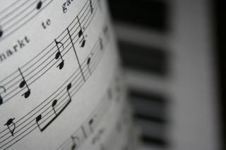 Download Notes and piano Free Photo