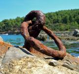 Free Photo - Rusted metallic anchor