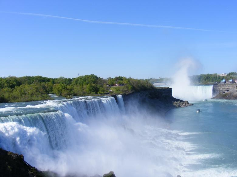 Free Stock Photo of Beauty of Niagara Falls Created by Nirodha Abeywardana