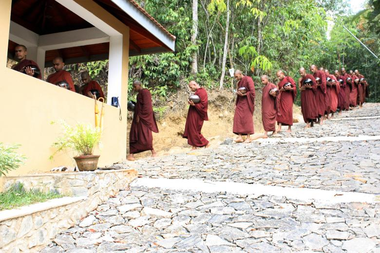 Sri lanka Monks Free Photo