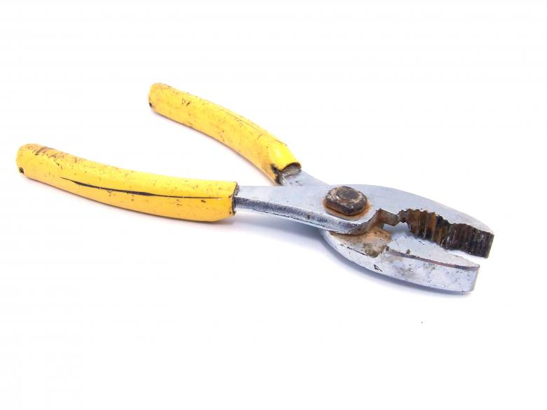 Free Stock Photo of Pliers Created by homero chapa