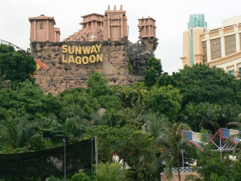 Free Stock Photo of Sunway Lagoon Created by voldevis