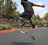 Free Photo - Jumpin Skateboarder