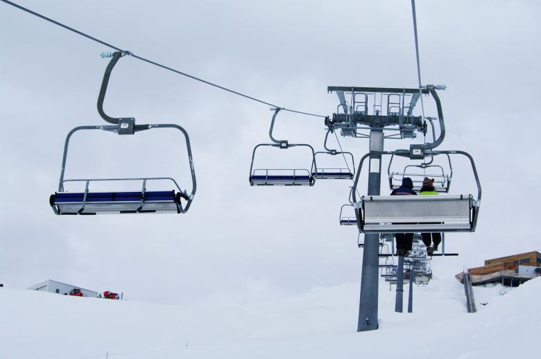 Free Stock Photo of Ski lift in the mountains Created by frhuynh