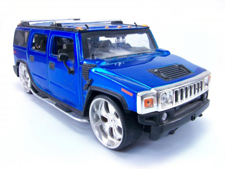 Free Stock Photo of Blue hummer - Toy car Created by homero chapa