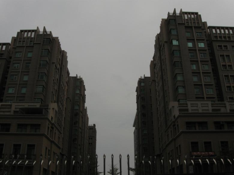 Free Stock Photo of Tall buildings Created by pmao