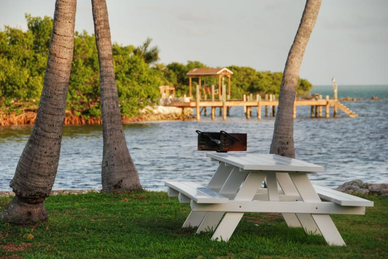 Free Stock Photo of Bench in Islamorada Created by Giovanni Gagliardi