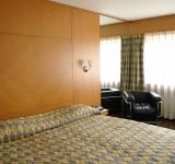 Free Photo - Classic Hotel room