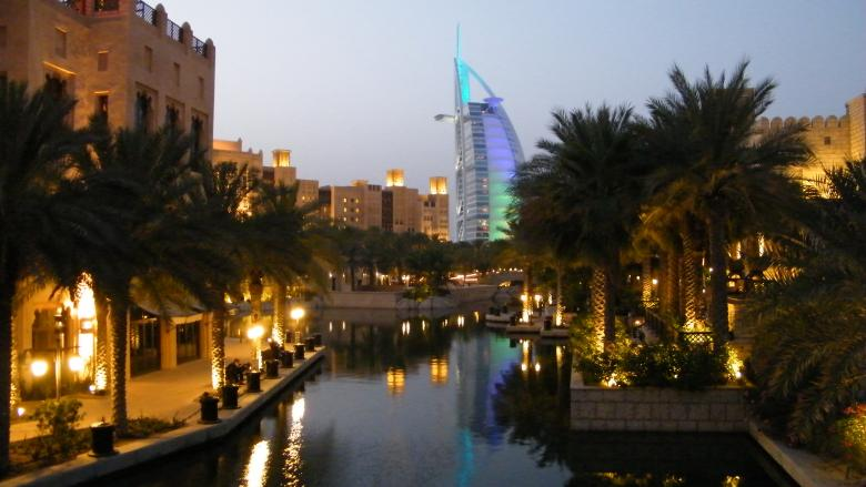 Free Stock Photo of Night View at Souk Madinat-Dubai Created by Min Zaw
