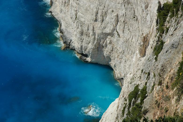 Free Stock Photo of Mediterranean Cliffs Created by Max van Holten