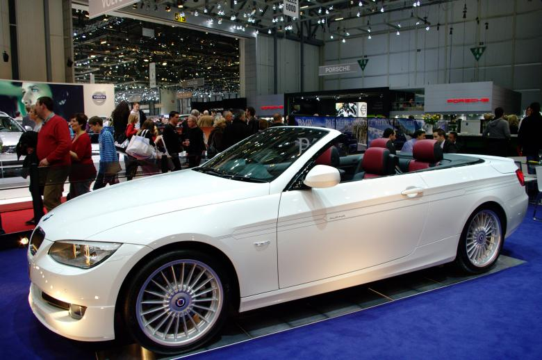 Free Stock Photo of International Geneva Cars salon 2010 Created by frhuynh