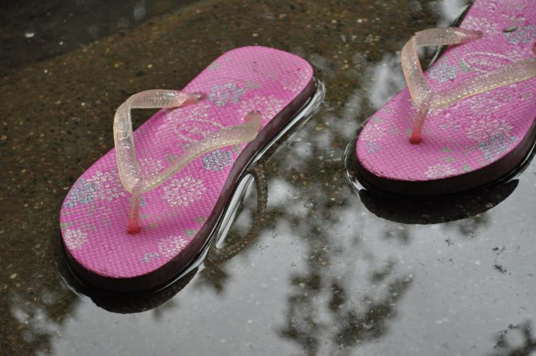 Free Stock Photo of Pink rubber slippers Created by Eduardo Cleofe