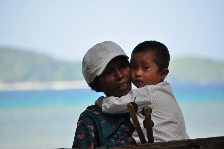 Free Stock Photo of Mother and child Created by Eduardo Cleofe
