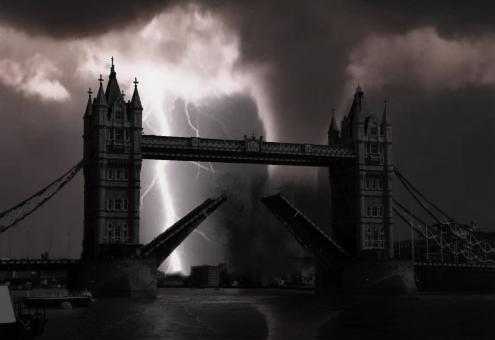 London Bridge Manipulation - Free Stock Photo