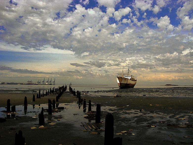 Free Stock Photo of Aground Created by Arturo Rey Fernández