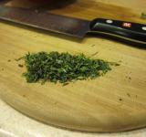 Free Photo - Chopped herbs