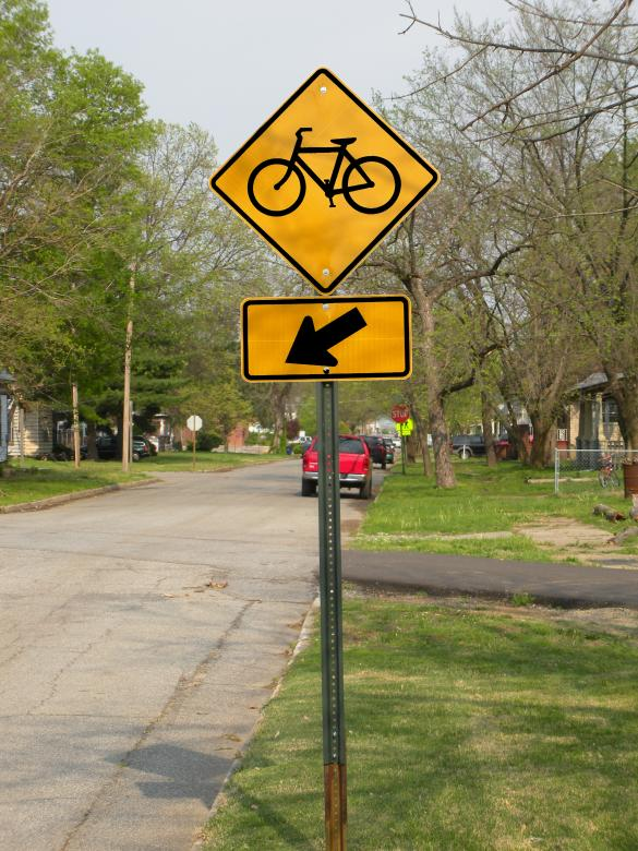Free Stock Photo of Bicycle sign along street Created by James Sigle