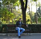 Free Photo - Sitting on a bench
